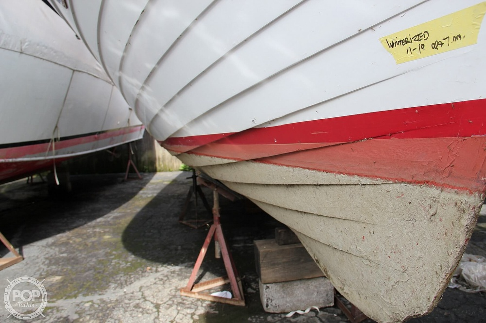 1969 Lyman boat for sale, model of the boat is 26 Express Cruiser & Image # 14 of 40