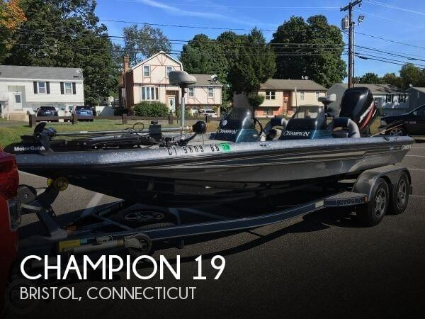 2004 CHAMPION 19 for sale