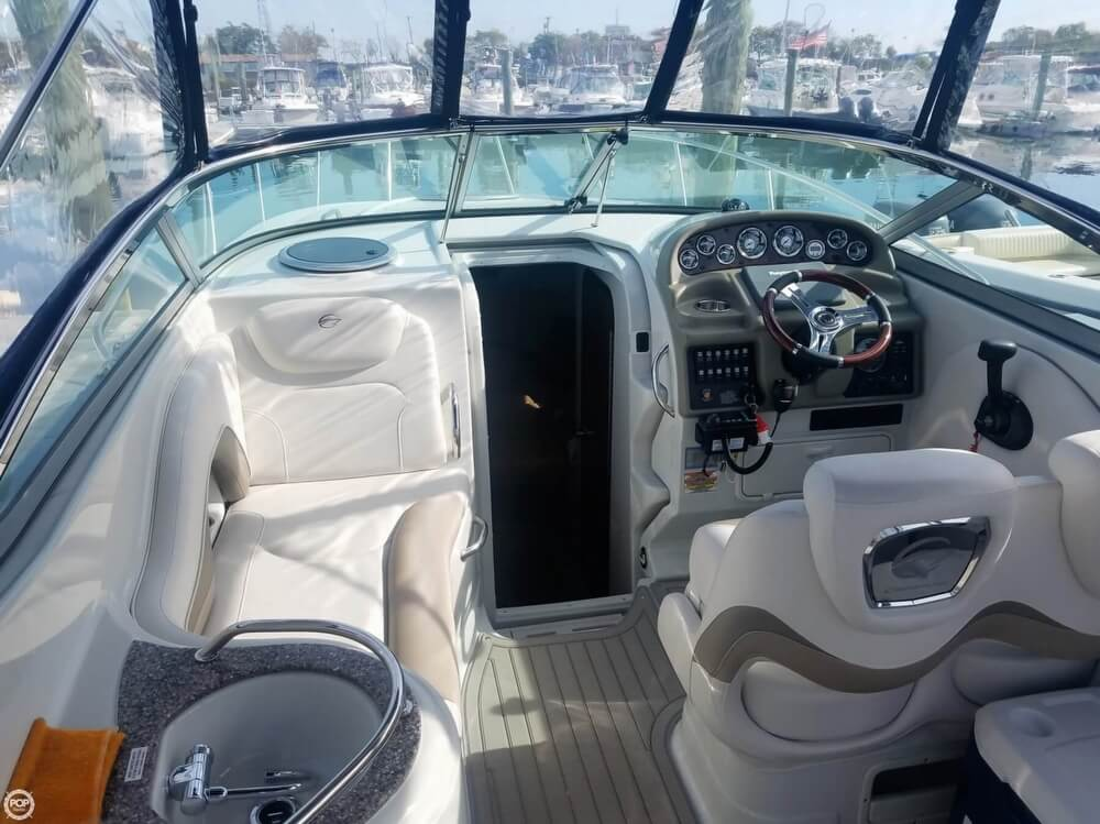 2018 Crownline boat for sale, model of the boat is 264 CR & Image # 6 of 20