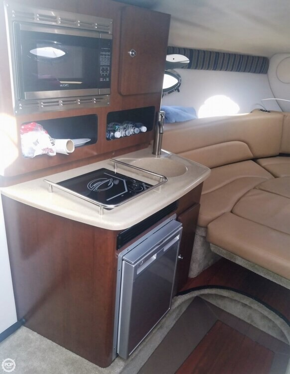 2018 Crownline boat for sale, model of the boat is 264 CR & Image # 11 of 20