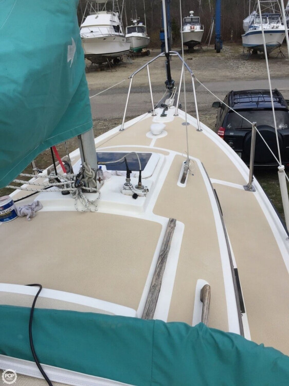 1994 Com-Pac boat for sale, model of the boat is 23-3 & Image # 3 of 40