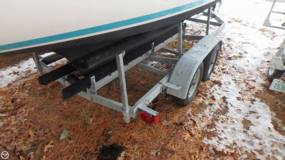 1994 Com-Pac boat for sale, model of the boat is 23-3 & Image # 14 of 40