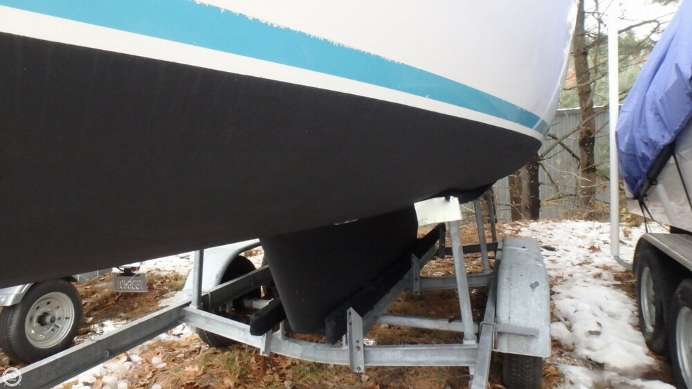 1994 Com-Pac boat for sale, model of the boat is 23-3 & Image # 26 of 40
