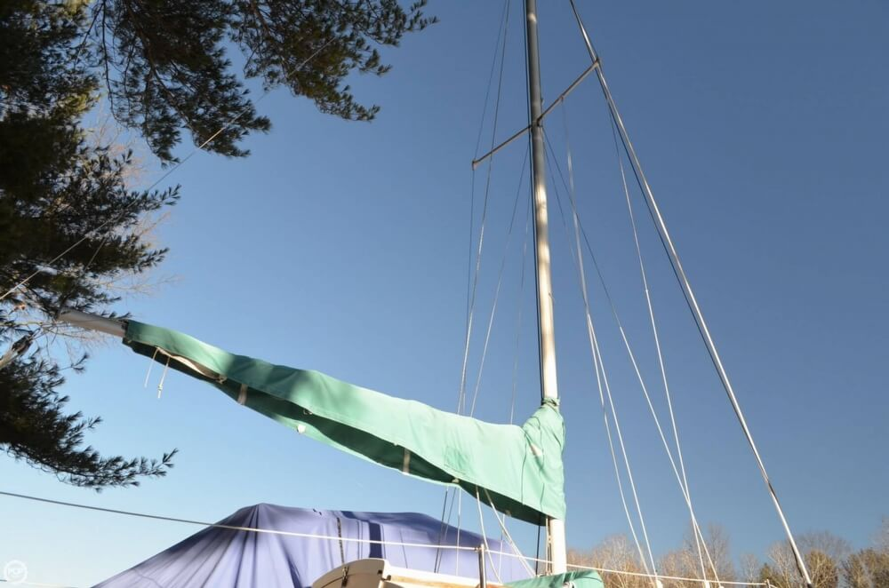 1994 Com-Pac boat for sale, model of the boat is 23-3 & Image # 33 of 40