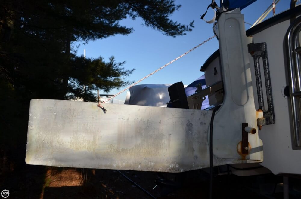 1994 Com-Pac boat for sale, model of the boat is 23-3 & Image # 35 of 40