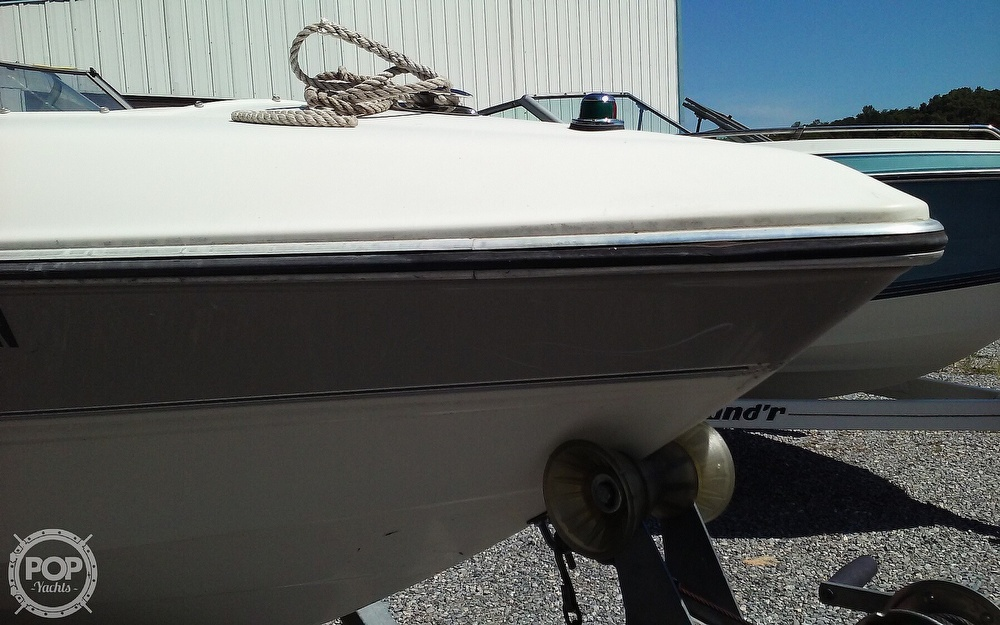 2005 Stingray boat for sale, model of the boat is 230LX & Image # 16 of 41