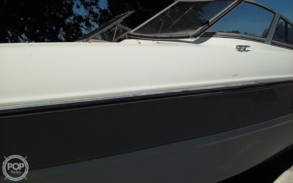 2005 Stingray boat for sale, model of the boat is 230LX & Image # 23 of 41