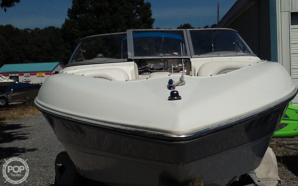 2005 Stingray boat for sale, model of the boat is 230LX & Image # 25 of 41