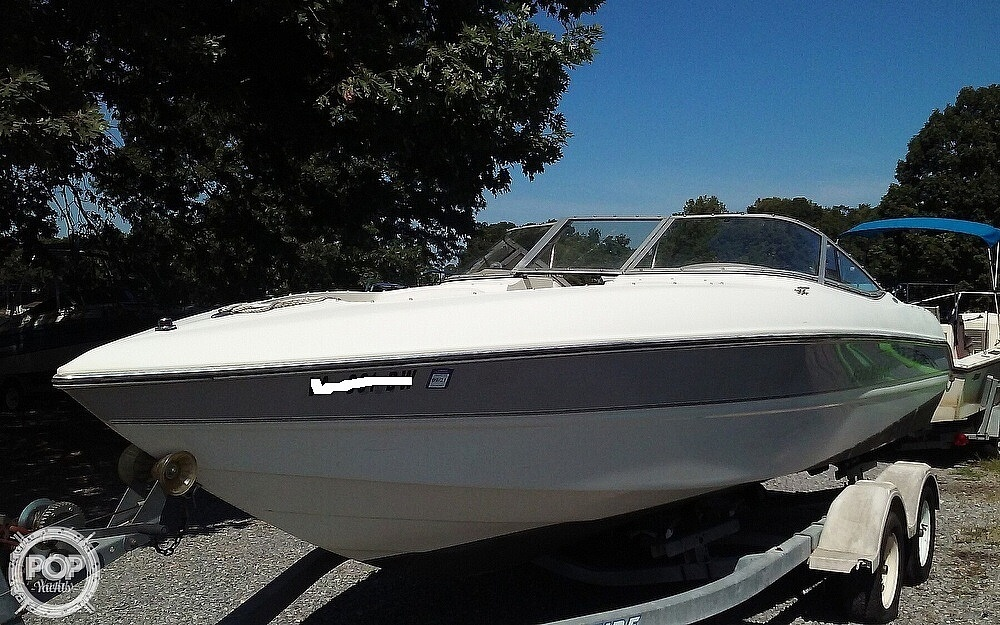 2005 Stingray boat for sale, model of the boat is 230LX & Image # 2 of 41