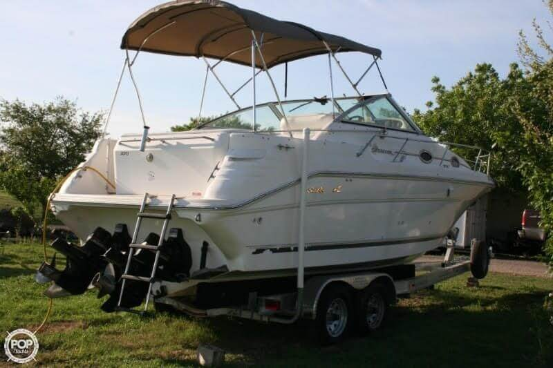 1996 Sea Ray boat for sale, model of the boat is 270 SUNDANCER & Image # 26 of 31