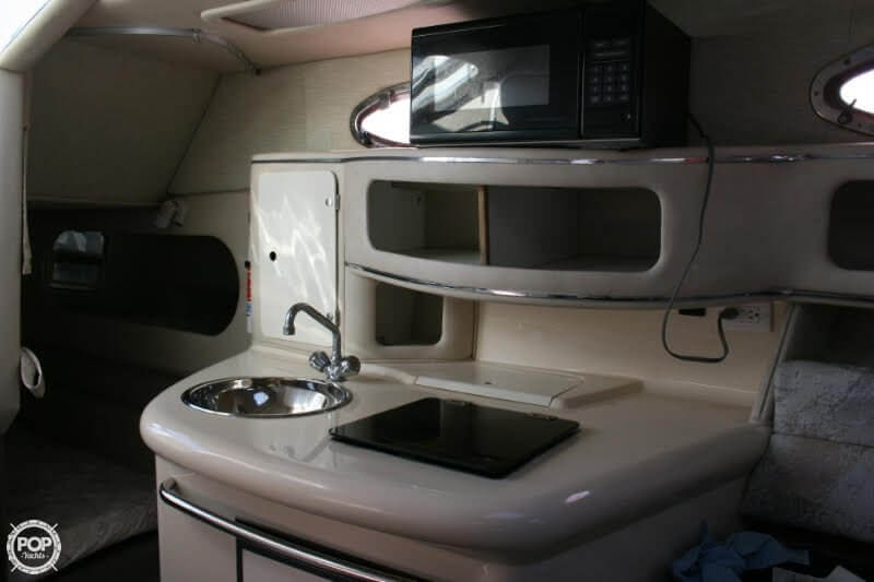 1996 Sea Ray boat for sale, model of the boat is 270 SUNDANCER & Image # 27 of 31