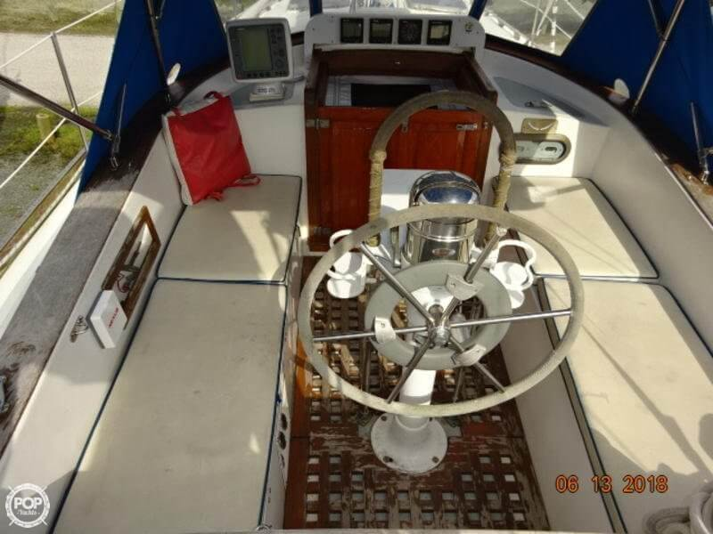 1978 Gulfstar boat for sale, model of the boat is 43 MK II Center Cockpit Ketch & Image # 7 of 40