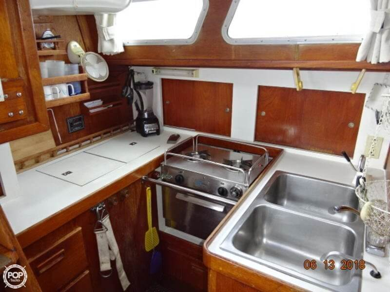 1978 Gulfstar boat for sale, model of the boat is 43 MK II Center Cockpit Ketch & Image # 10 of 40