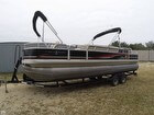 2014 Sun Tracker DELUXE FISHING BARGE - #1