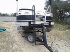 2014 Sun Tracker DELUXE FISHING BARGE - #4