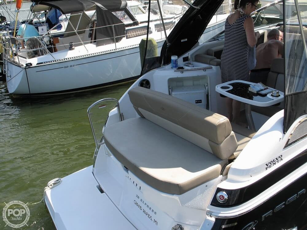 2014 Regal boat for sale, model of the boat is 28 Express & Image # 21 of 40
