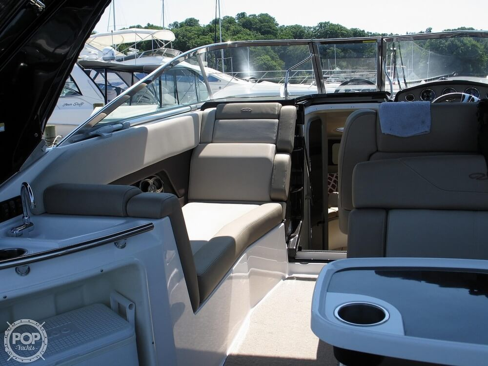 2014 Regal boat for sale, model of the boat is 28 Express & Image # 24 of 40