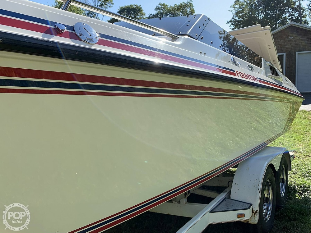 1991 Fountain boat for sale, model of the boat is 29 Fever & Image # 30 of 40