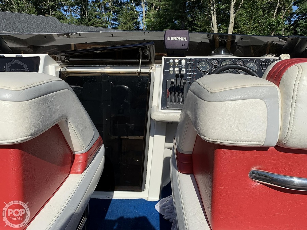 1991 Fountain boat for sale, model of the boat is 29 Fever & Image # 17 of 40