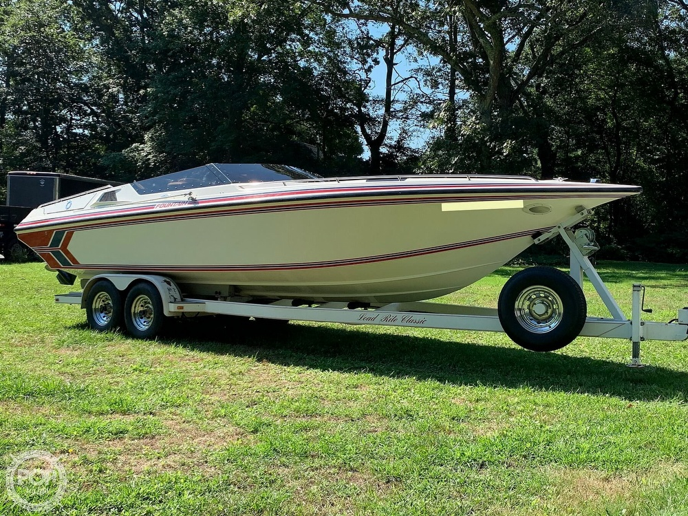1991 Fountain boat for sale, model of the boat is 29 Fever & Image # 7 of 40