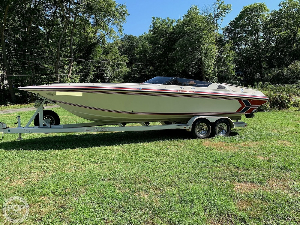 1991 Fountain boat for sale, model of the boat is 29 Fever & Image # 12 of 40