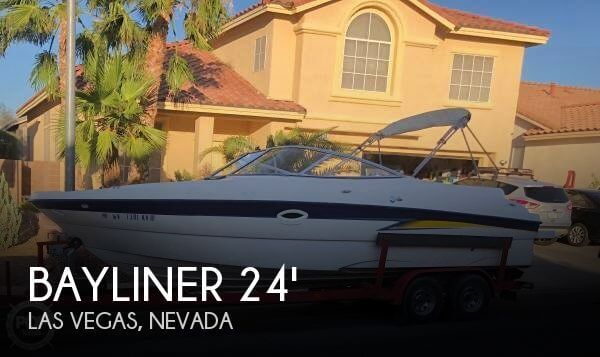 Used Deck Boats For Sale in Nevada by owner | 2004 Bayliner 24