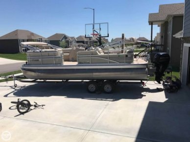 Lowe SS230 RFL, 23', for sale - $36,700
