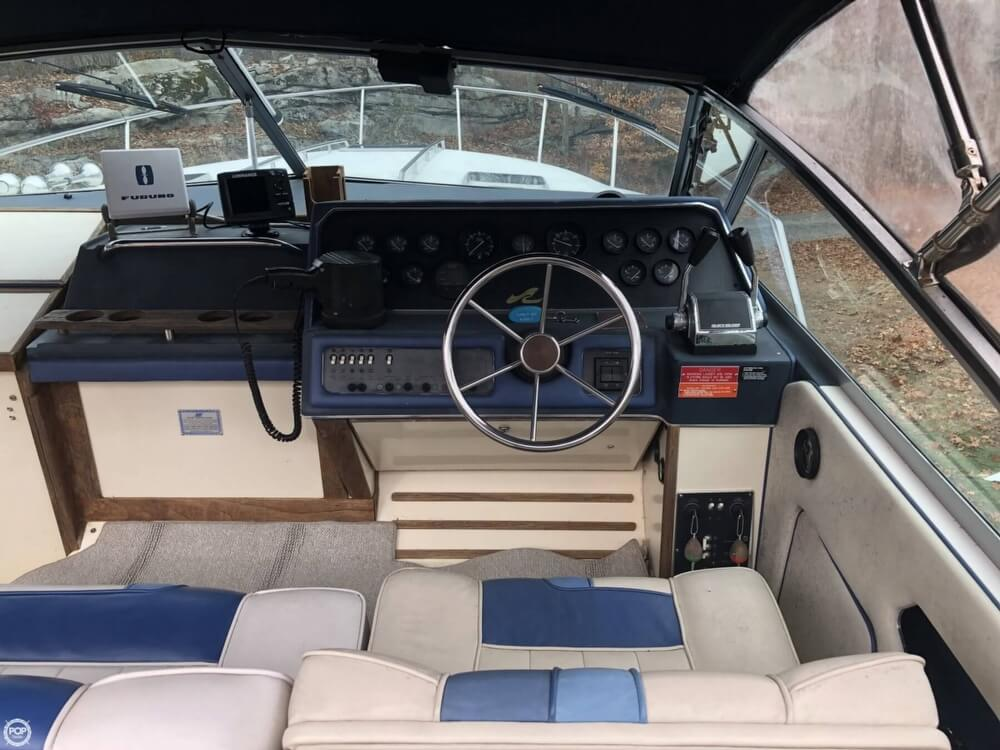 1988 Sea Ray boat for sale, model of the boat is 300 Sundancer & Image # 6 of 40