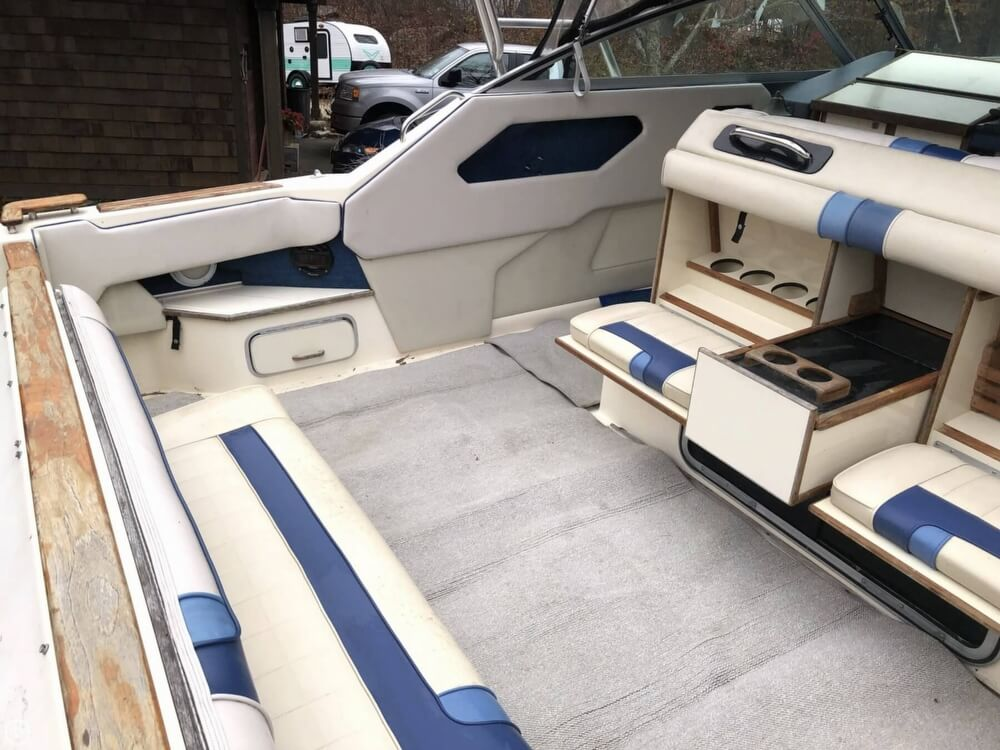 1988 Sea Ray boat for sale, model of the boat is 300 Sundancer & Image # 5 of 40