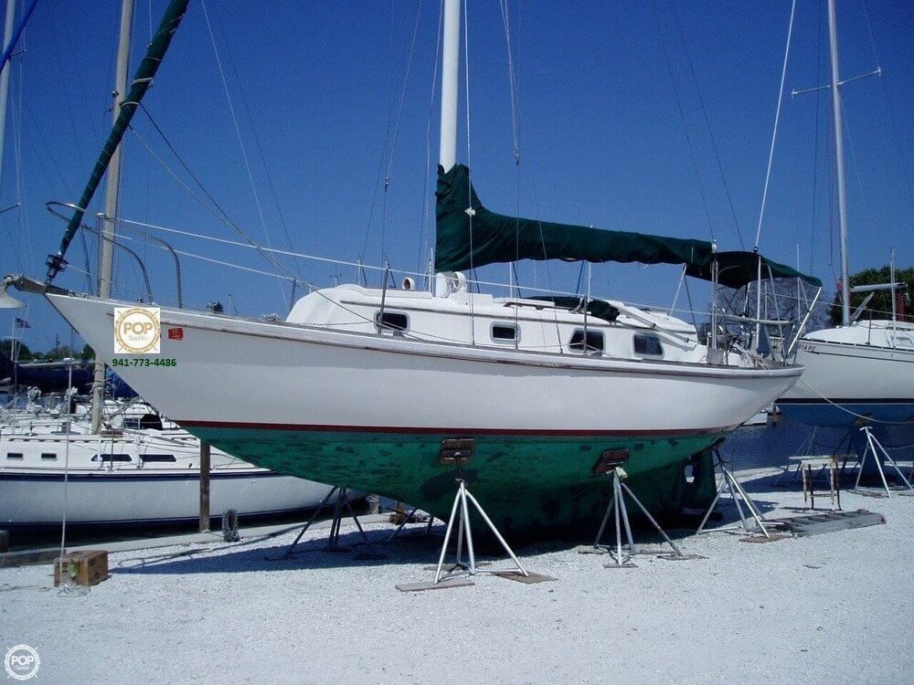 1976 Bristol boat for sale, model of the boat is 32 & Image # 2 of 40