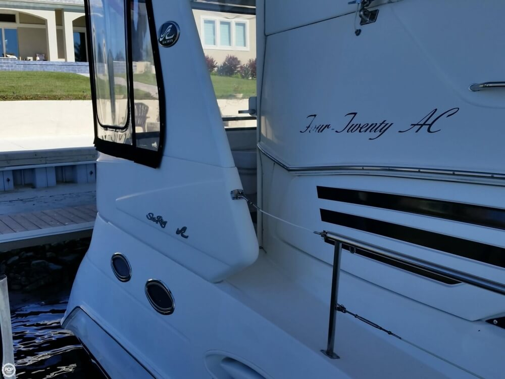 1999 Sea Ray boat for sale, model of the boat is 420 Aft Cabin & Image # 20 of 40