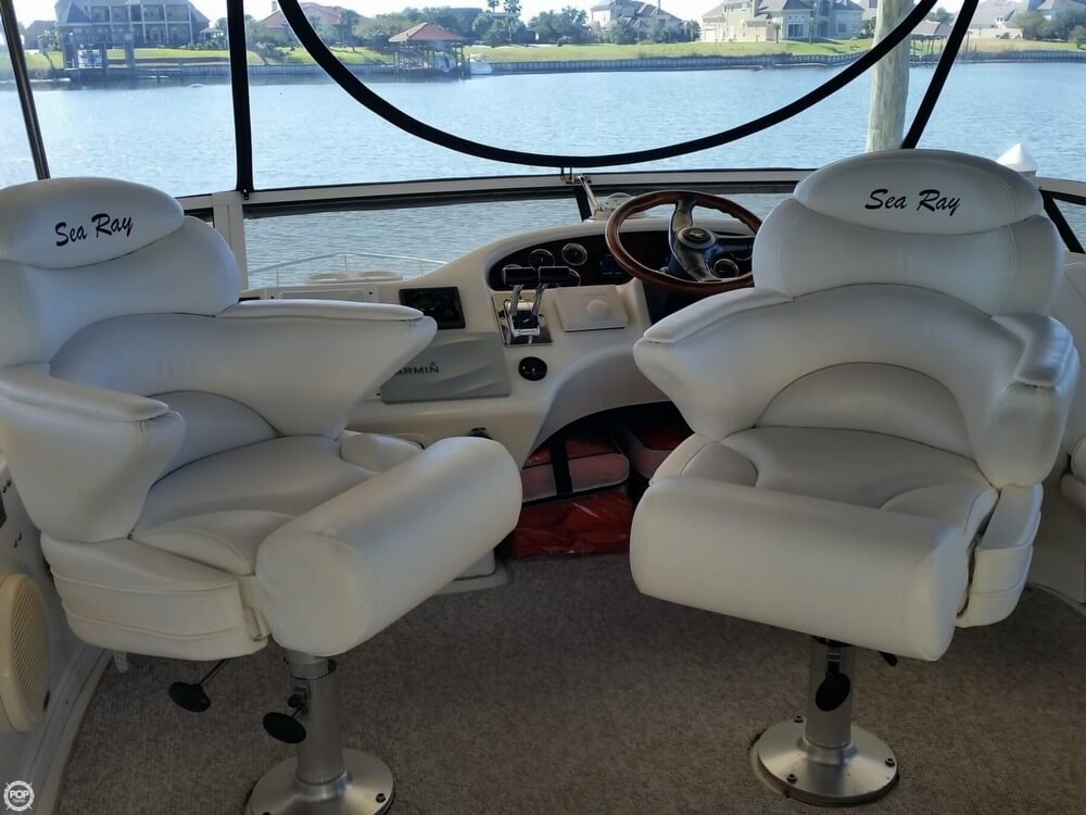 1999 Sea Ray boat for sale, model of the boat is 420 Aft Cabin & Image # 7 of 40