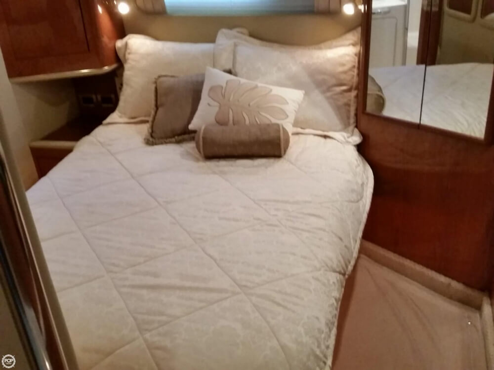 1999 Sea Ray boat for sale, model of the boat is 420 Aft Cabin & Image # 11 of 40