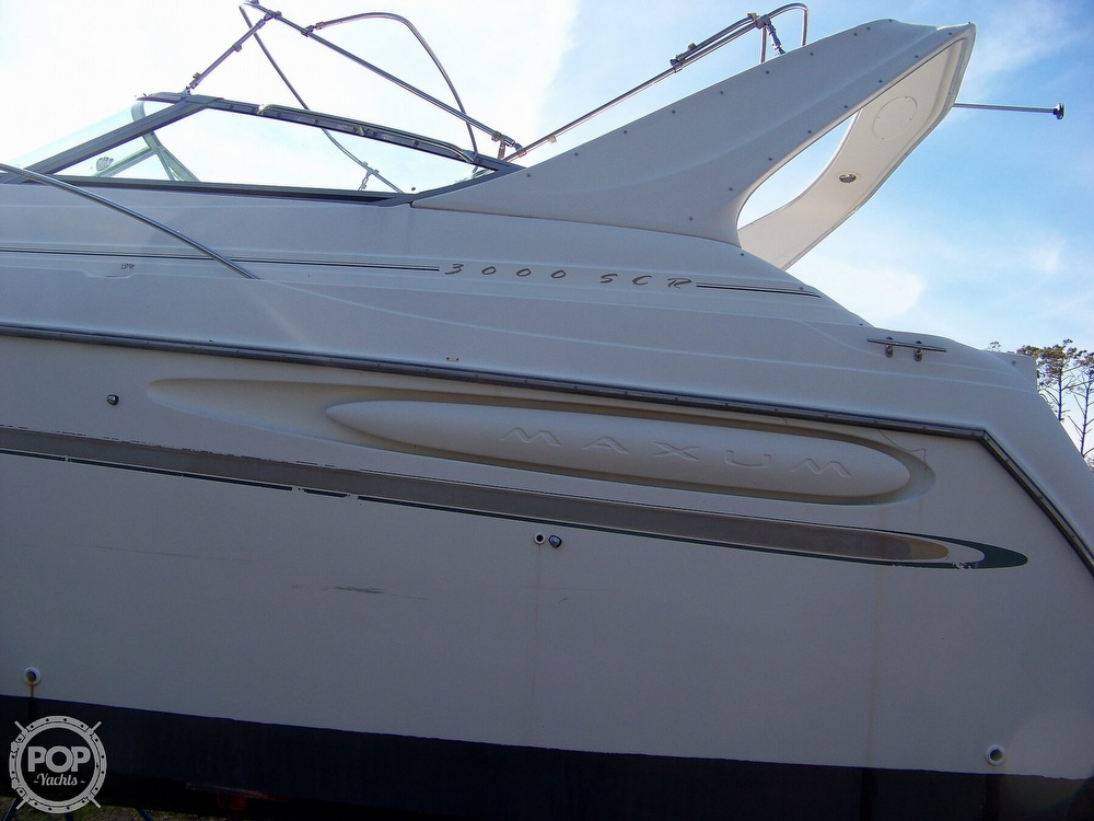 2000 Maxum boat for sale, model of the boat is 3000 SCR & Image # 8 of 41