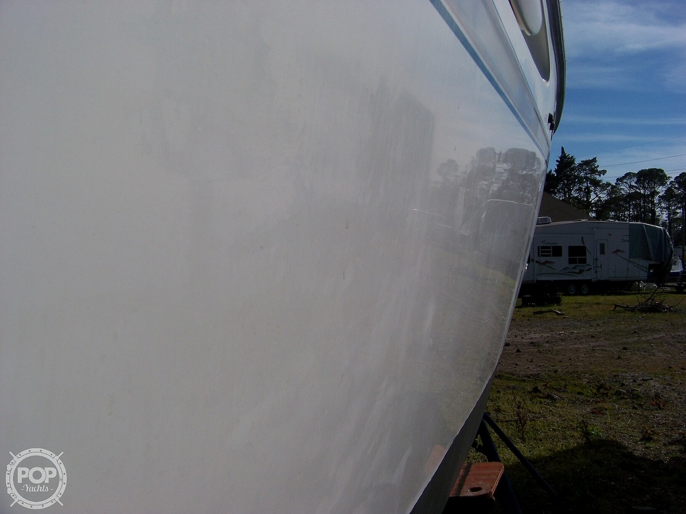 2000 Maxum boat for sale, model of the boat is 3000 SCR & Image # 9 of 41