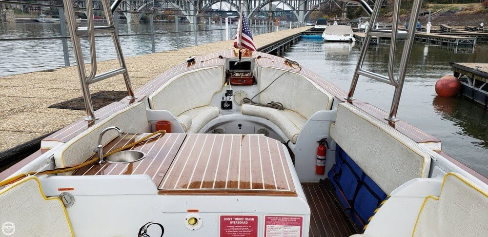 1968 Uniflite boat for sale, model of the boat is Whaleboat 26 & Image # 5 of 41