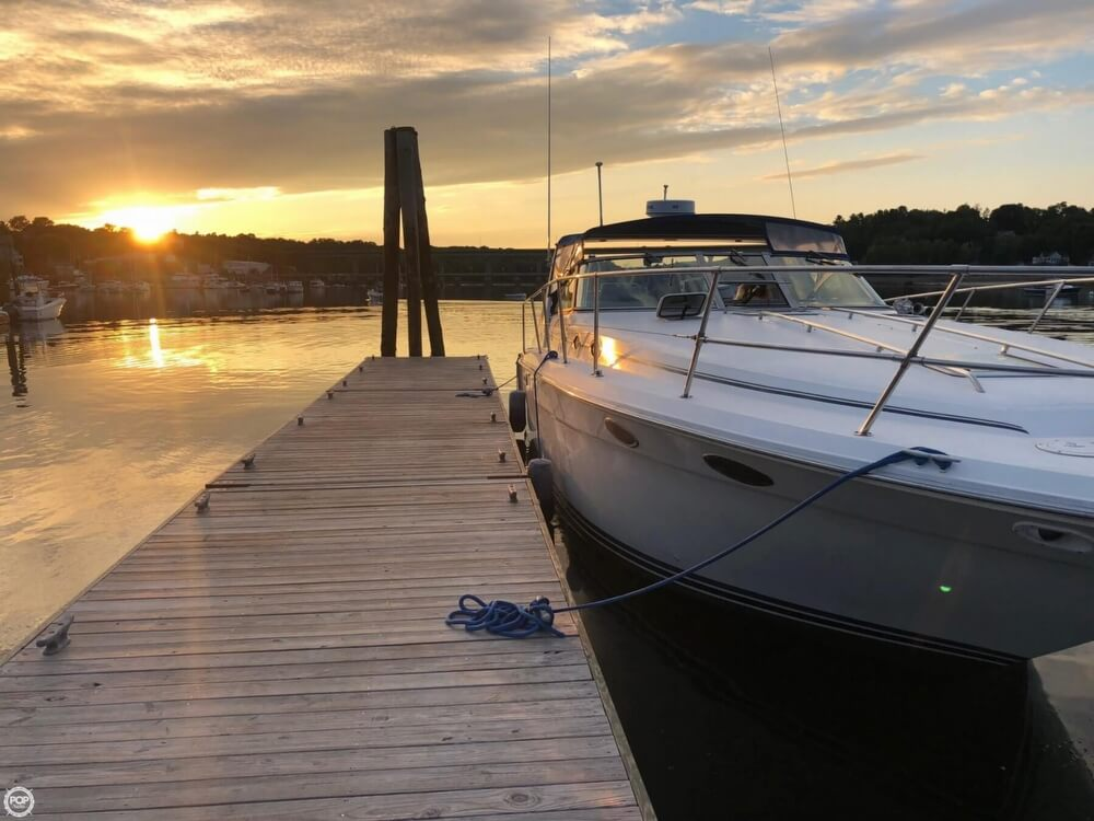 1994 Sea Ray boat for sale, model of the boat is 37 Express Cruiser & Image # 4 of 33