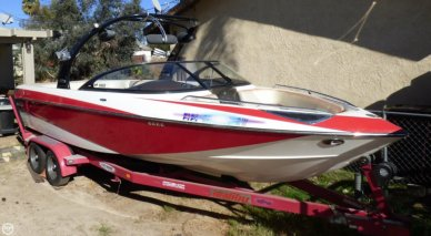 Malibu Wakesetter 247 LSV, 24', for sale - $55,500