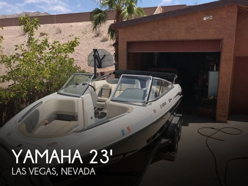 Used Ski Boats For Sale in Nevada by owner | 2005 Yamaha 230SX