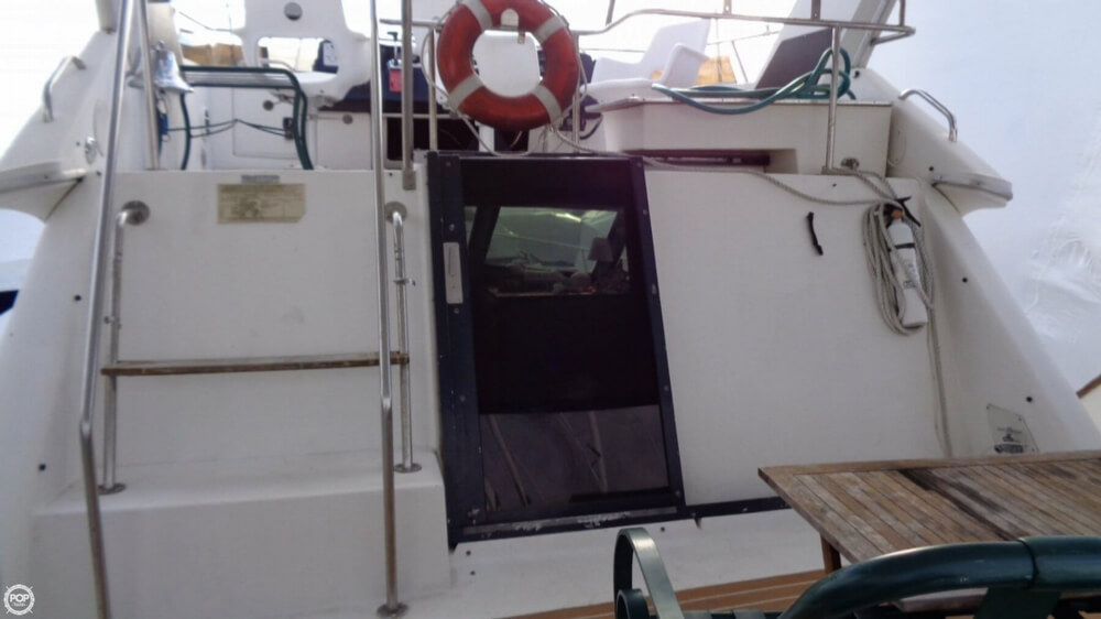 1989 Sea Ray boat for sale, model of the boat is 38AC & Image # 14 of 40