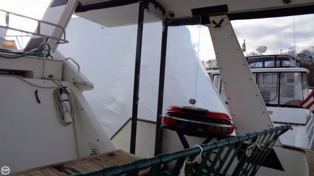 1989 Sea Ray boat for sale, model of the boat is 38AC & Image # 16 of 40