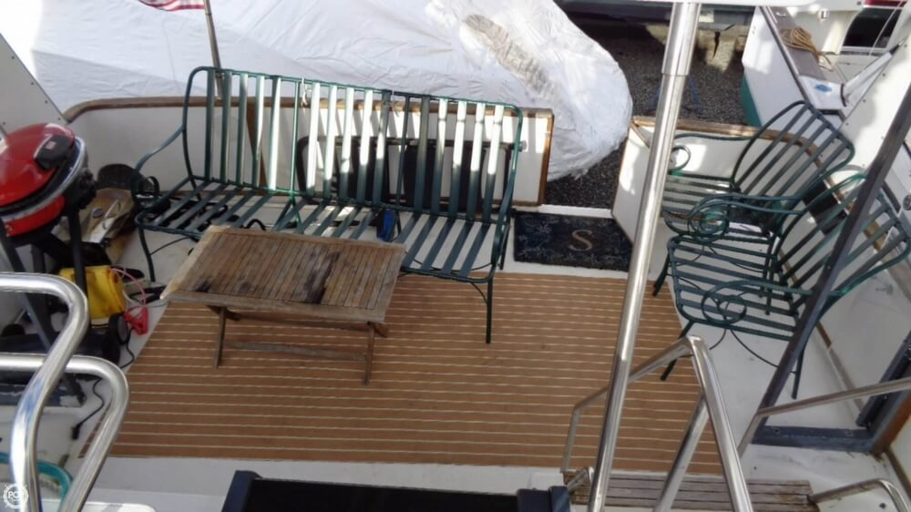 1989 Sea Ray boat for sale, model of the boat is 38AC & Image # 27 of 40