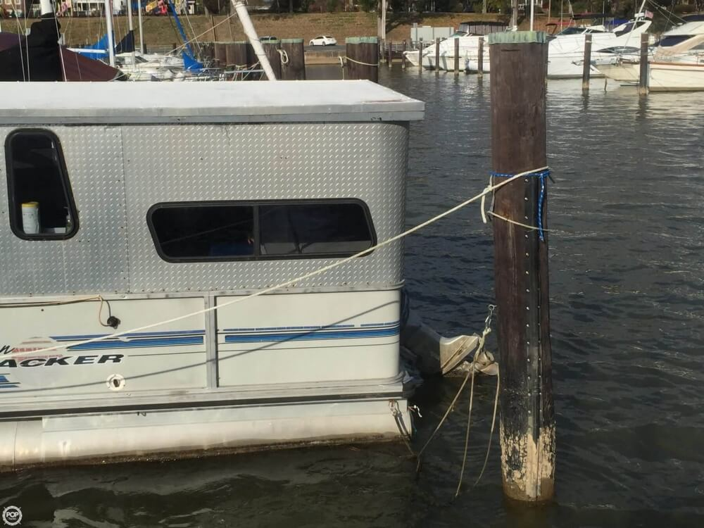 1993 Tracker Boats boat for sale, model of the boat is PartyHut30 & Image # 5 of 41