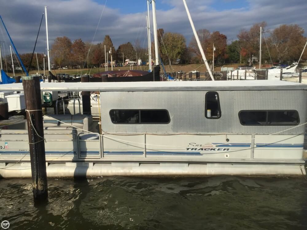 1993 Tracker Boats boat for sale, model of the boat is PartyHut30 & Image # 6 of 41