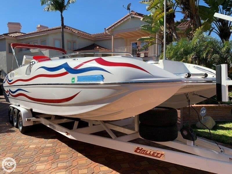 2006 Hallett boat for sale, model of the boat is 285 Party Cruiser & Image # 9 of 40