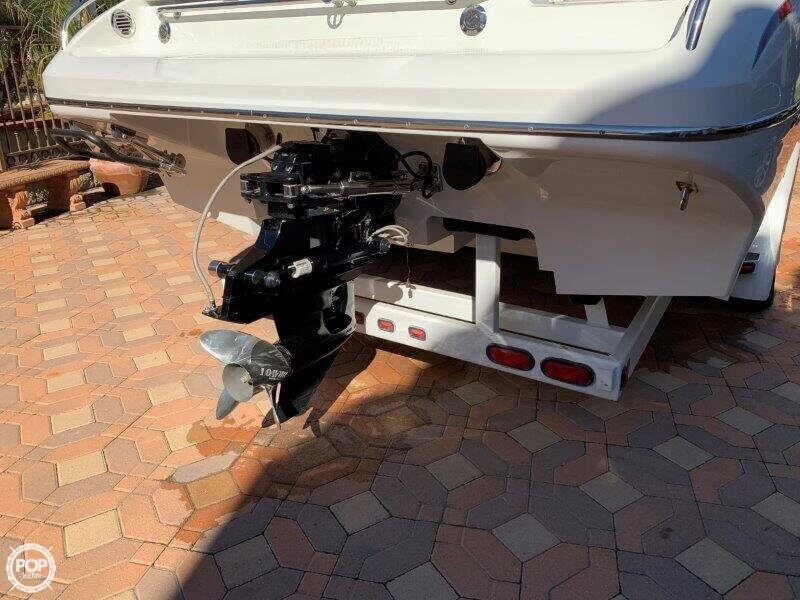 2006 Hallett boat for sale, model of the boat is 285 Party Cruiser & Image # 29 of 40