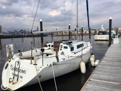 Beneteau First 305, 30', for sale - $14,500