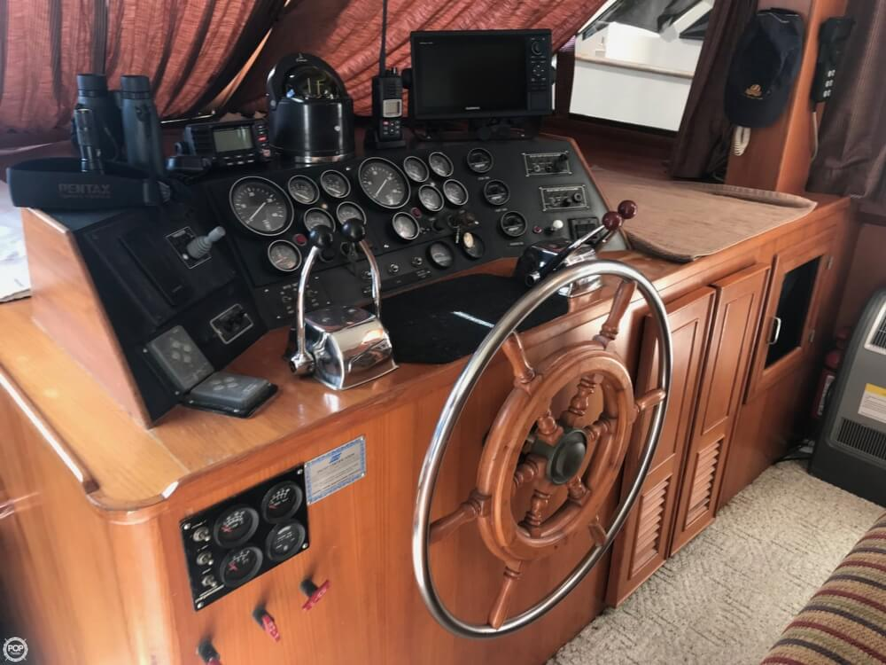 1989 Jefferson boat for sale, model of the boat is 52 Marquessa EDH & Image # 12 of 40