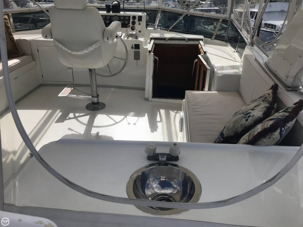 1989 Jefferson boat for sale, model of the boat is 52 Marquessa EDH & Image # 22 of 40