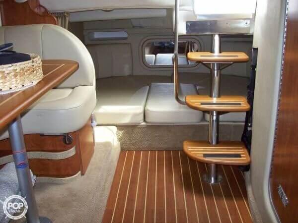 2006 Rinker 342 Cruiser - image 5
